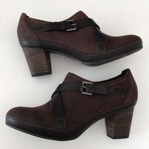 Clark's artisan chunky block heels and straps